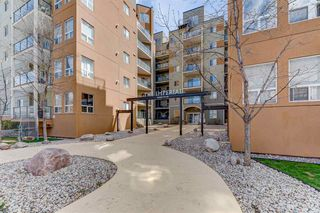 Photo 2: 202 10235 112 Street in Edmonton: Zone 12 Condo for sale : MLS®# E4156604