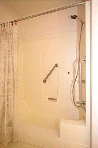 Photo 9: 323 305 1 Avenue NW: Airdrie Apartment for sale : MLS®# C4244231