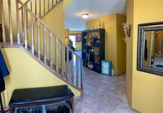 Photo 8: 11807 173 Avenue in Edmonton: Zone 27 House for sale : MLS®# E4156896