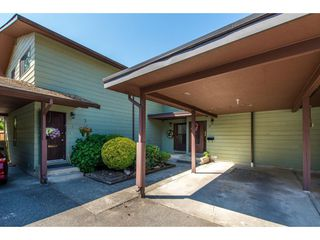 """Photo 1: 12 32817 MARSHALL Road in Abbotsford: Central Abbotsford Townhouse for sale in """"Compton Green"""" : MLS®# R2373757"""