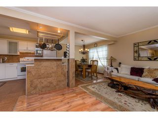 """Photo 11: 12 32817 MARSHALL Road in Abbotsford: Central Abbotsford Townhouse for sale in """"Compton Green"""" : MLS®# R2373757"""