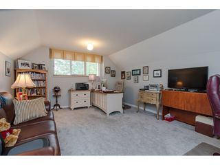 Photo 17: 4618 BENZ Crescent in Langley: Murrayville House for sale : MLS®# R2375927