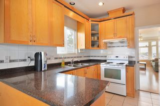 Photo 5: 1125 E 61st Avenue in Vancouver: Home for sale : MLS®# V819065