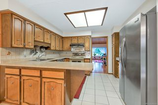 Photo 5: 3202 E 62ND Avenue in Vancouver: Champlain Heights House for sale (Vancouver East)  : MLS®# R2385665