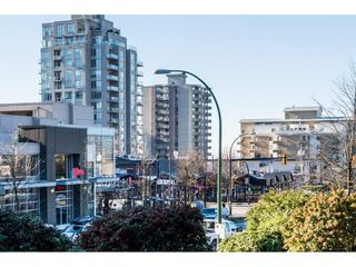 """Photo 3: 201 122 E 17TH Street in North Vancouver: Central Lonsdale Condo for sale in """"IMPERIAL HOUSE"""" : MLS®# R2385723"""