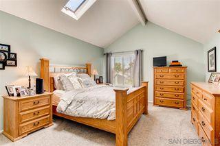 Photo 9: TIERRASANTA House for sale : 4 bedrooms : 10743 Escobar Dr in San Diego