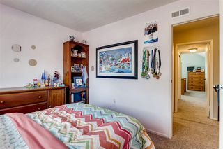Photo 14: TIERRASANTA House for sale : 4 bedrooms : 10743 Escobar Dr in San Diego