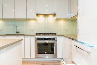 """Photo 9: 2608 6638 DUNBLANE Avenue in Burnaby: Metrotown Condo for sale in """"MIDORI"""" (Burnaby South)  : MLS®# R2388098"""