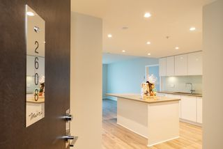 """Photo 11: 2608 6638 DUNBLANE Avenue in Burnaby: Metrotown Condo for sale in """"MIDORI"""" (Burnaby South)  : MLS®# R2388098"""