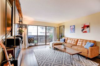 """Photo 4: 210 120 E 4TH Street in North Vancouver: Lower Lonsdale Condo for sale in """"Excelsior House"""" : MLS®# R2412375"""