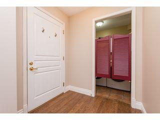 "Photo 6: 104 33478 ROBERTS Avenue in Abbotsford: Central Abbotsford Condo for sale in ""Aspen Creek"" : MLS®# R2425541"