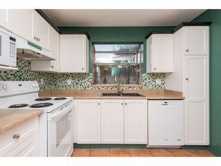 "Photo 8: 104 33478 ROBERTS Avenue in Abbotsford: Central Abbotsford Condo for sale in ""Aspen Creek"" : MLS®# R2425541"