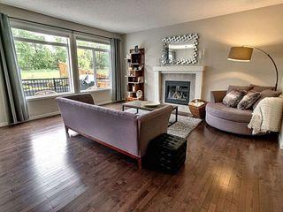 Photo 5: 5903 175 Avenue in Edmonton: Zone 03 House for sale : MLS®# E4200949