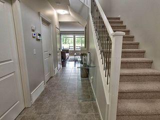 Photo 2: 5903 175 Avenue in Edmonton: Zone 03 House for sale : MLS®# E4200949