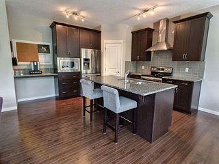 Photo 7: 5903 175 Avenue in Edmonton: Zone 03 House for sale : MLS®# E4200949