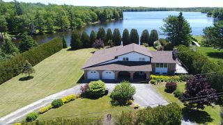 Photo 1: 13 Pentz Lake Road in Mount Uniacke: 105-East Hants/Colchester West Residential for sale (Halifax-Dartmouth)  : MLS®# 202010727