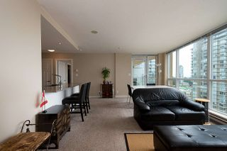 "Photo 10: 2206 2978 GLEN Drive in Coquitlam: North Coquitlam Condo for sale in ""GRAND CENTRAL ONE"" : MLS®# R2470476"