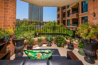 Photo 15: DOWNTOWN Condo for sale : 2 bedrooms : 500 W Harbor Drive #418 in San Diego