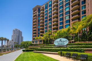 Photo 18: DOWNTOWN Condo for sale : 2 bedrooms : 500 W Harbor Drive #418 in San Diego