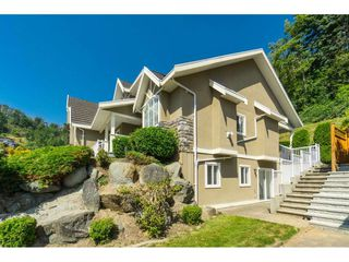 "Photo 2: 35897 REGAL Parkway in Abbotsford: Abbotsford East House for sale in ""REGAL PEAK ESTATES"" : MLS®# R2482533"
