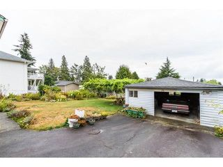 """Photo 3: 952 DANSEY Avenue in Coquitlam: Central Coquitlam House for sale in """"AUSTIN HEIGHTS"""" : MLS®# R2487450"""