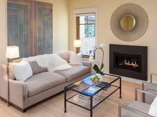 Photo 3: 4 849 Dunsmuir Rd in : Es Old Esquimalt House for sale (Esquimalt)  : MLS®# 855165