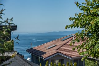 Photo 39: 15288 ROYAL Ave: White Rock Home for sale ()  : MLS®# F1442674