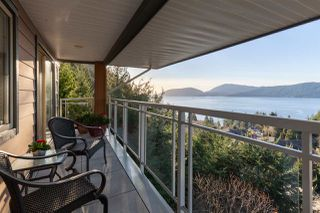 "Photo 16: 8609 SEASCAPE Place in West Vancouver: Howe Sound 1/2 Duplex for sale in ""Seascapes"" : MLS®# R2528203"