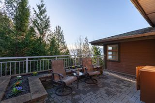 "Photo 18: 8609 SEASCAPE Place in West Vancouver: Howe Sound 1/2 Duplex for sale in ""Seascapes"" : MLS®# R2528203"