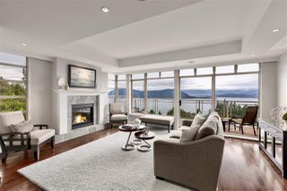 "Photo 1: 8609 SEASCAPE Place in West Vancouver: Howe Sound 1/2 Duplex for sale in ""Seascapes"" : MLS®# R2528203"
