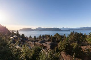 "Photo 28: 8609 SEASCAPE Place in West Vancouver: Howe Sound 1/2 Duplex for sale in ""Seascapes"" : MLS®# R2528203"