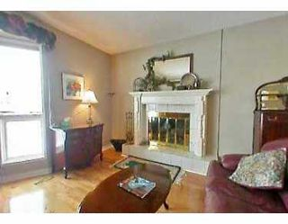Photo 3:  in CALGARY: Woodbine Residential Detached Single Family for sale (Calgary)  : MLS®# C3111970