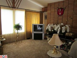 Photo 4: 13841 BLACKBURN Avenue: White Rock House for sale (South Surrey White Rock)  : MLS®# F1116290