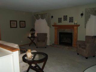 Photo 2: 717 Bonner Avenue in WINNIPEG: North Kildonan Residential for sale (North East Winnipeg)  : MLS®# 1114589