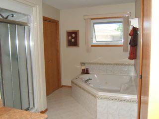 Photo 9: 717 Bonner Avenue in WINNIPEG: North Kildonan Residential for sale (North East Winnipeg)  : MLS®# 1114589