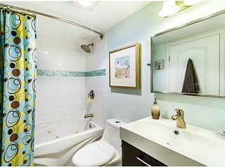 "Photo 6: 110 5568 BARKER Avenue in Burnaby: Central Park BS Condo for sale in ""PARK VISTA"" (Burnaby South)  : MLS®# V1037416"