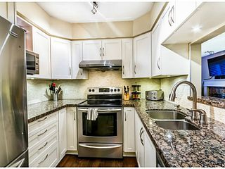 "Photo 3: 110 5568 BARKER Avenue in Burnaby: Central Park BS Condo for sale in ""PARK VISTA"" (Burnaby South)  : MLS®# V1037416"