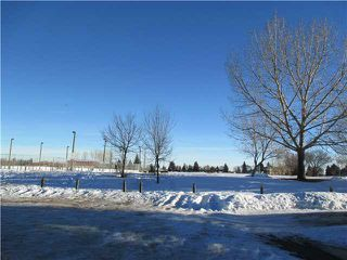 Photo 8: 220 DEERVIEW Court SE in CALGARY: Deer Ridge Residential Attached for sale (Calgary)  : MLS®# C3598033