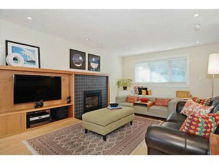 """Photo 2: 3868 HEATHER ST in Vancouver: Cambie House for sale in """"DOUGLAS PARK"""" (Vancouver West)  : MLS®# V1046332"""