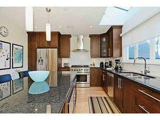 """Photo 6: 3868 HEATHER ST in Vancouver: Cambie House for sale in """"DOUGLAS PARK"""" (Vancouver West)  : MLS®# V1046332"""