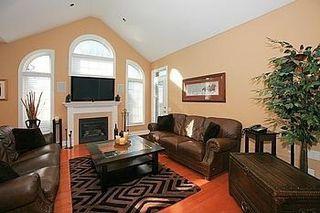 Photo 11: 104 24 Bonnell Crest in Aurora: Aurora Estates Condo for sale : MLS®# N2886079