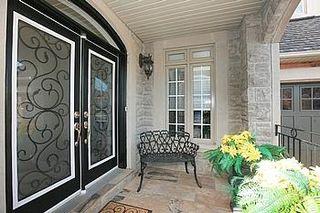 Photo 5: 104 24 Bonnell Crest in Aurora: Aurora Estates Condo for sale : MLS®# N2886079