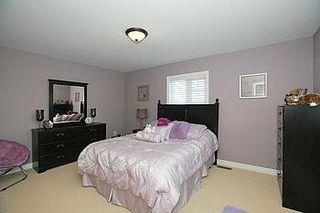 Photo 4: 104 24 Bonnell Crest in Aurora: Aurora Estates Condo for sale : MLS®# N2886079