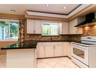 "Photo 5: 743 KINGFISHER Place in Tsawwassen: Tsawwassen East House for sale in ""FOREST BY THE BAY"" : MLS®# V1094511"
