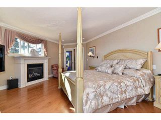 Photo 9: 1088 FOSTER Street: White Rock House for sale (South Surrey White Rock)  : MLS®# F1432369