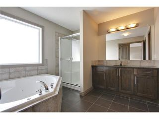 Photo 13: 514 NORTHMOUNT Drive NW in Calgary: Highwood House for sale : MLS®# C3653747