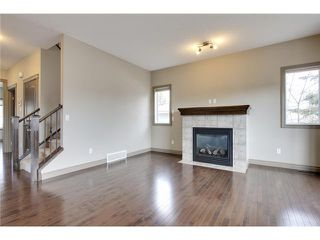 Photo 11: 514 NORTHMOUNT Drive NW in Calgary: Highwood House for sale : MLS®# C3653747