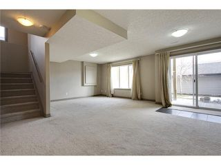 Photo 16: 514 NORTHMOUNT Drive NW in Calgary: Highwood House for sale : MLS®# C3653747