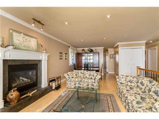 Photo 4: 1277 FALCON Drive in Coquitlam: Upper Eagle Ridge House for sale : MLS®# V1107288