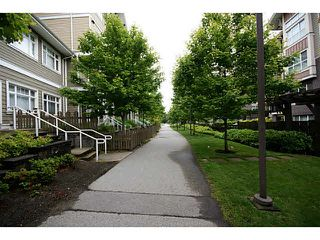 """Photo 16: 30 7388 MACPHERSON Avenue in Burnaby: Metrotown Townhouse for sale in """"ACACIA GARDENS"""" (Burnaby South)  : MLS®# V1125482"""